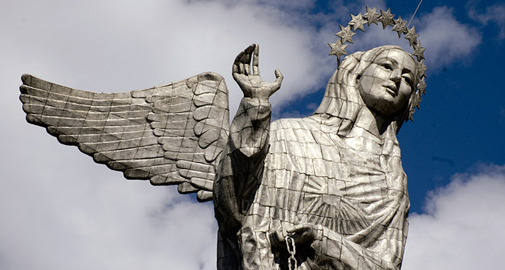 The Virgin looking at Quito – El Panecillo